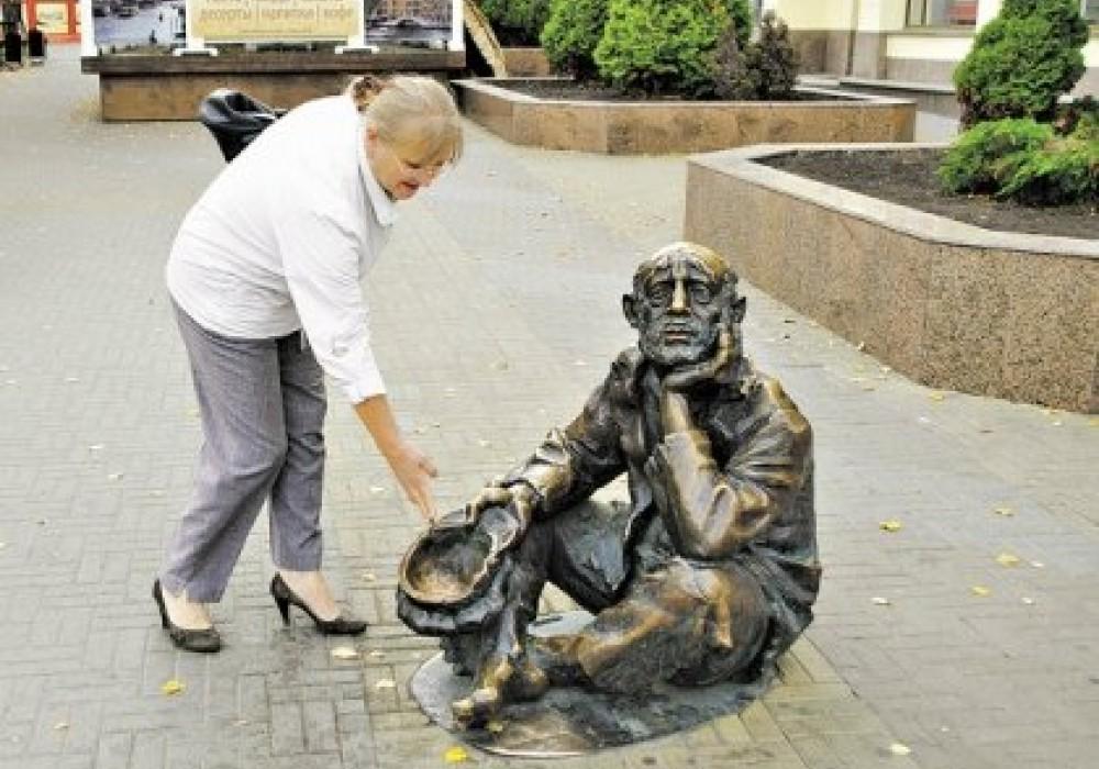 Где в России кончается бедность и начинается нищета